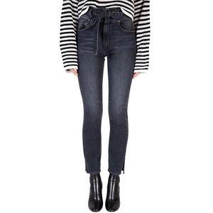 Black Orchid Jourdan Belted Straight Jeans 24